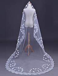 cheap -One-tier Modern Style Lace Applique Edge Bridal Princess Simple Style Lace Wedding Modern/Contemporary Wedding Veil Chapel Veils 53