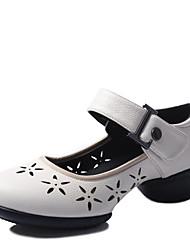 economico -Per donna Sneakers da danza moderna Finta pelle Sided Hollow Out Basso Scarpe da ballo Bianco / Nero / Rosso