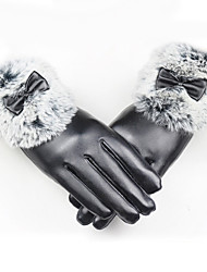 Feminino Cor Pura Acessórios Casual Luvas de Inverno Prova-de-Água Mantenha Quente A prova de Vento Fashion Pêlo de Coelho Poliuretano