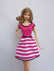 baratos -Festa/Noite Vestidos Para Boneca Barbie fúcsia Poliéster Vestido Para Menina de Boneca de Brinquedo