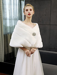 cheap -Sleeveless Faux Fur Wedding Party / Evening Women's Wrap With Crystal Brooch Shawls