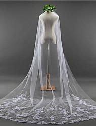 baratos -Uma Camada Borda com aplicação de Renda / Elegante & Luxuoso Véus de Noiva Véu Capela com Apliques / Bordado Renda / Tule / Clássico