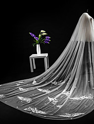 cheap -Two-tier Cut Edge Lace Applique Edge Modern Wedding Veil Cathedral Veils Headpiece 53 Appliques Lace Lace Tulle