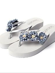 Недорогие -Для женщин Обувь Резина Весна Лето С Т-образной перепонкой Тапочки и Шлепанцы Туфли на танкетке Открытый мыс Цветы из сатина для