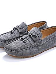 Недорогие -Муж. обувь Свиная кожа Весна Осень Удобная обувь Мокасины и Свитер Бант для Повседневные Черный Серый Синий