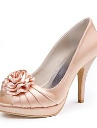 preiswerte -Damen Schuhe Seide Frühling Sommer Pumps Hochzeit Schuhe Stöckelabsatz Peep Toe Satin Blume für Hochzeit Party & Festivität Champagner