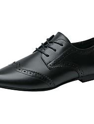 baratos -Mulheres Sapatos Couro / Pele Primavera / Verão Conforto Oxfords Salto Robusto Ponta Redonda Preto / Marron / Vinho