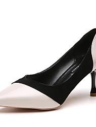 Недорогие -Жен. Обувь Полиуретан Весна Осень Удобная обувь Обувь на каблуках Высокий каблук Заостренный носок для Повседневные Черный Бежевый