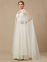 cheap -Sleeveless Lace Tulle Wedding Party / Evening Women's Wrap With Appliques Button Capes