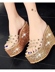 preiswerte -Damen Schuhe PU Frühling / Sommer Komfort Sandalen Creepers Gold / Silber / Keilabsätze