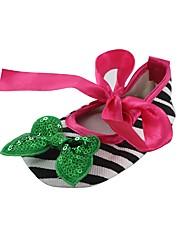 abordables -Fille Chaussures Tissu Printemps Automne Chausson de Berceau Premières Chaussures Confort Ballerines Noeud Ruban pour Mariage Habillé Vert