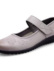 preiswerte -Damen Schuhe Leder Frühling / Herbst Komfort Flache Schuhe Flacher Absatz Schwarz / Grau / Braun