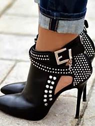 Недорогие -Жен. Обувь Полиуретан Весна / Осень Удобная обувь / Оригинальная обувь Ботинки На шпильке Заостренный носок Ботинки Пряжки Черный