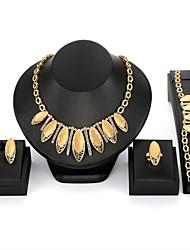 baratos -Mulheres Zircão / Chapeado Dourado Formato de Folha Conjunto de jóias 1 Colar / 1 Bracelete / 1 Anél - Importante / Fashion Forma