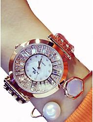 abordables -Femme Bracelet de Montre Japonais Chronographe / Grand Cadran Acier Inoxydable Bande Etincelant Argent / Doré / Or Rose