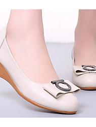 povoljno -Žene Cipele Koža Proljeće Jesen Udobne cipele Cipele na petu Wedge Heel za Kauzalni Crn Bež Sive boje