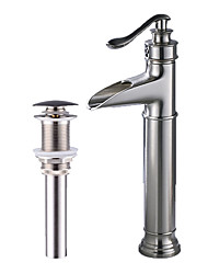 economico -Set di rubinetti - Cascata Spazzolato Installazione centrale Una manopola Un foro