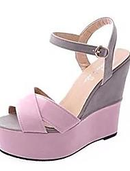 preiswerte -Damen Schuhe Künstliche Mikrofaser Polyurethan Sommer Komfort Sandalen Keilabsatz Offene Spitze Schnalle Beige / Gelb / Rosa