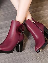 baratos -Mulheres Sapatos Couro Outono & inverno Coturnos Botas Salto Robusto Botas Cano Médio Preto / Vinho
