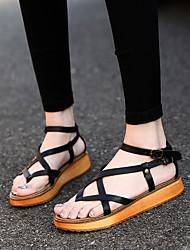 Недорогие -Жен. Обувь Искусственное волокно Лето Удобная обувь Сандалии На плоской подошве Белый / Черный / Коричневый