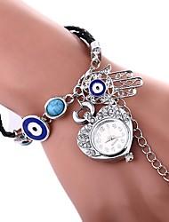 Недорогие -Жен. Часы-браслет Китайский Повседневные часы / Имитация Алмазный PU Группа Heart Shape / Богемные Серебристый металл / Золотистый