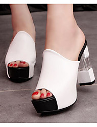 Недорогие -Жен. Обувь Полиуретан Лето Удобная обувь Сандалии На толстом каблуке Белый / Черный / Красный