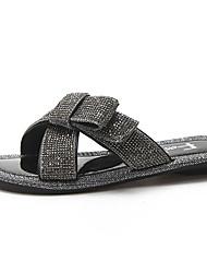 baratos -Mulheres Sapatos Couro Ecológico Verão Conforto Chinelos e flip-flops Sem Salto para Ao ar livre Preto / Prateado
