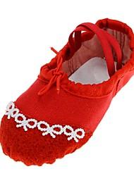 Недорогие -Девочки Обувь для балета Полотно На плоской подошве Искусственный жемчуг На плоской подошве Танцевальная обувь Черный / Красный