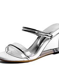 baratos -Mulheres Sapatos Courino Primavera Verão Chanel Sandálias Salto Alto de Cristal Dedo Aberto Dourado / Prata / Festas & Noite