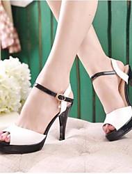 preiswerte -Damen Schuhe PU Sommer Komfort Sandalen Stöckelabsatz Weiß / Blau / Rosa