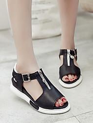 Недорогие -Жен. Обувь Полиуретан Лето Удобная обувь Сандалии На плоской подошве Белый / Черный