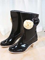 Недорогие -Жен. Обувь ПВХ Весна лето Резиновые сапоги Ботинки На толстом каблуке Круглый носок Сапоги до середины икры Цветы из сатина Черный / Миндальный