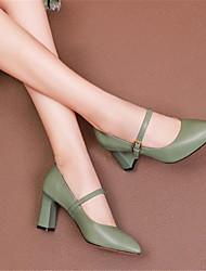 preiswerte -Damen Schuhe Leder Frühling Sommer Pumps High Heels Blockabsatz Spitze Zehe Weiß / Schwarz / Grün