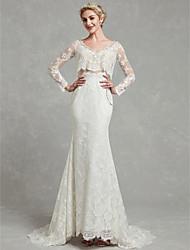 billiga -Åtsmitande V-hals Svepsläp Spets / Tyll Bröllopsklänningar tillverkade med Spets av LAN TING BRIDE®