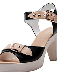 abordables -Femme Chaussures Polyuréthane Eté A Bride Arrière Sandales Talon Bottier Blanc / Noir