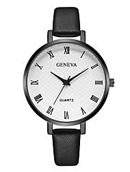 preiswerte -Geneva Damen Armbanduhr Chinesisch Neues Design / Armbanduhren für den Alltag / Cool Leder Band Freizeit / Modisch Schwarz / Braun / Lila