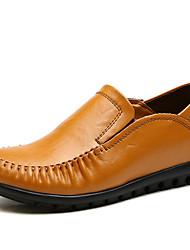 Недорогие -Жен. Обувь Наппа Leather Весна лето Удобная обувь Мокасины и Свитер На плоской подошве Круглый носок Черный / Темно-русый / Темно-коричневый / Полоски