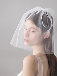 billige -To-lags minimalistisk stil Bryllupsslør Skulder Slør Med Bag Splt 30 cm Bomuld / nylon med et strejf af stræk