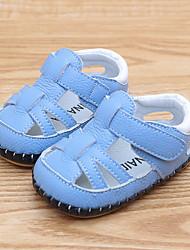Недорогие -Мальчики / Девочки Обувь Кожа Лето Обувь для малышей Сандалии На липучках для Дети Белый / Синий / Розовый