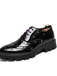 billige -Herre Novelty Shoes Syntetisk læder Forår / Efterår Britisk Oxfords Wear Proof Sort / Vin / Bryllup / Fest / aften