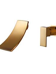 Недорогие -Ванная раковина кран - Водопад / Широко распространенный Ti-PVD На стену Одной ручкой Два отверстияBath Taps / Латунь