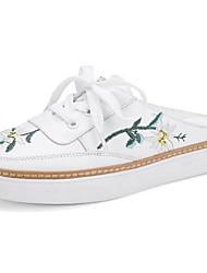 Недорогие -Жен. Обувь Наппа Leather Весна / Лето Удобная обувь Башмаки и босоножки На плоской подошве Закрытый мыс Белый