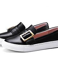 baratos -Mulheres Sapatos Confortáveis Pele Napa Primavera / Outono Tênis Sem Salto Ponta Redonda Branco / Preto