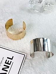 baratos -Mulheres Clássico / Fashion Bracelete / Pulseira larga - Criativo Simples, Na moda, Hipérbole Pulseiras Dourado / Prata Para Rua / Bandagem