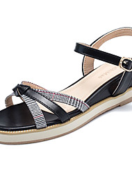 abordables -Mujer Sandalias con Cuña PU Verano Tira en el Tobillo Sandalias Tacón Cuña Dedo redondo Negro / Beige