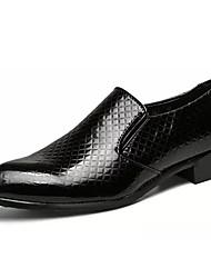Недорогие -Муж. Комфортная обувь Полиуретан Осень На каждый день Мокасины и Свитер Доказательство износа Золотой / Черный