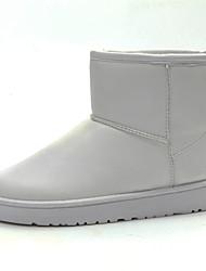 Недорогие -Жен. Комфортная обувь Кожа Зима Ботинки На плоской подошве Белый / Черный / Кофейный