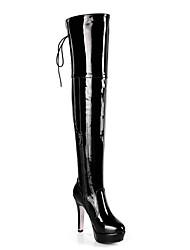 Недорогие -Жен. Ботинки Fashion Boots На шпильке Заостренный носок Цветы из сатина Полиуретан Бедро высокие сапоги Осень Черный / Красный