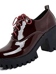 Недорогие -Жен. Комфортная обувь Полиуретан Осень На каждый день Туфли на шнуровке Блочная пятка Круглый носок Черный / Военно-зеленный / Винный / Повседневные