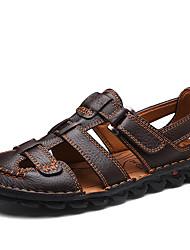 Недорогие -Муж. Комфортная обувь Наппа Leather Лето / Зима Классика / На каждый день Сандалии Дышащий Черный / Кофейный